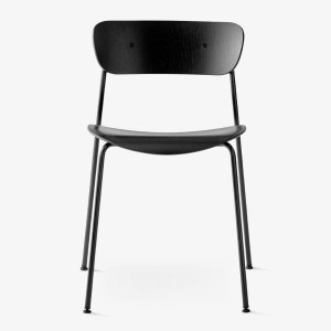 /and-tradition-palivion-chair-av1_0003_Pavilion-AV1-front-black-black-1-1500x2000